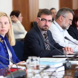 obravnavana na Odboru za delo, družino, socialne zadeve in invalide v Državnem zboru RS