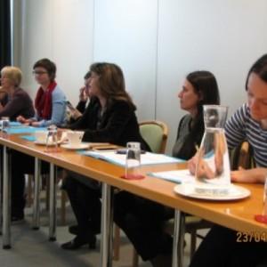 Zbiranje podatkov v administrativnih zbirkah podatkov o nasilju nad ženskami zaradi spola